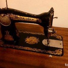 Antigüedades: MÁQUINA DE COSER SINGER EN PERFECTO ESTADO. Lote 106794435