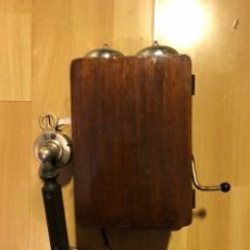 Teléfonos: ANTIGUO TELÉFONO DE PARED DE MADERA. Lote 106811144