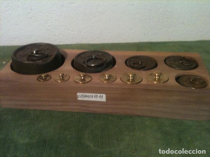 BONITO JUEGO DE 11 ANTIGUAS PESAS DE HIERRO Y DE BRONCE DESDE 5G A 1KG (V05) (Antigüedades - Técnicas - Medidas de Peso - Ponderales Antiguos)