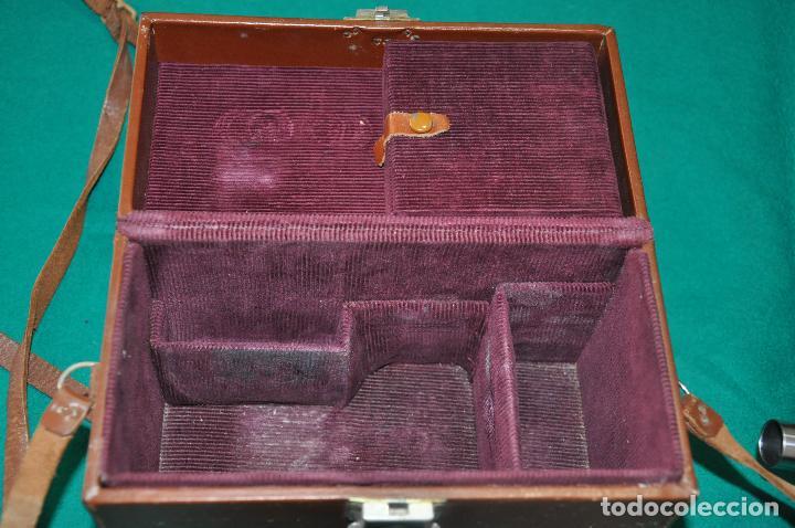 Antigüedades: ANTIGUA CAMARA REVERE 8 MM. MODEL 99 - EN ESTUCHE ORIGINAL - TOMAVISTAS A CUERDA - Foto 7 - 107030323