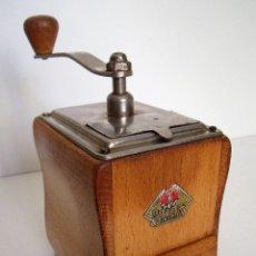 Antigüedades: MOLINILLO DE CAFÉ MARCA DIENES. MODELO 550. ALEMANIA. CA. 1953/1959. Lote 107224143
