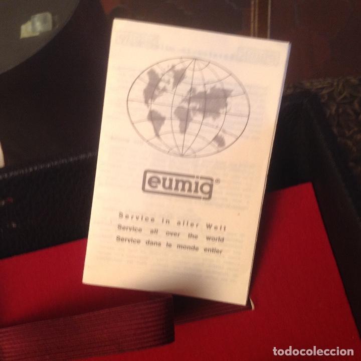 Antigüedades: Tomavistas Eumig Revue direct sound 8, con micrófono , auricular, en su estuche y papeles. Ver fotos - Foto 5 - 107270487