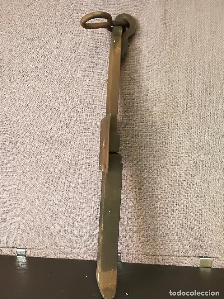 Antigüedades: ANTIGUO CERROJO PESTILLO FORJA HIERRO FORJADO - Foto 6 - 107496259