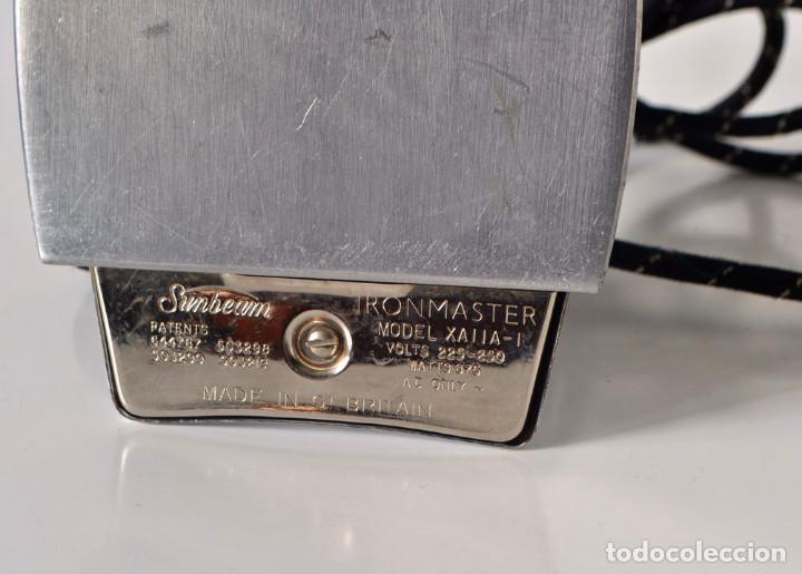 Antigüedades: Plancha inglesa Sunbeam años 60 vintage - Foto 5 - 107642155