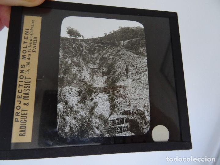 CRISTAL 10 X 8,5 MOLTENI RADIGUET MASSIOT BARROGE SUHILIURE? (Antigüedades - Técnicas - Aparatos de Cine Antiguo - Linternas Mágicas Antiguas)