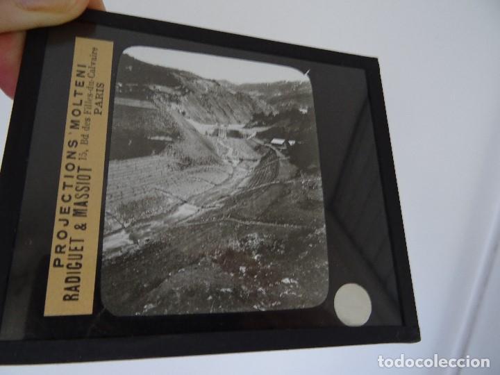 CRISTAL 10 X 8,5 MOLTENI RADIGUET MASSIOT CORRECTION DU LIT A LAVAL BARRAGE (Antigüedades - Técnicas - Aparatos de Cine Antiguo - Linternas Mágicas Antiguas)