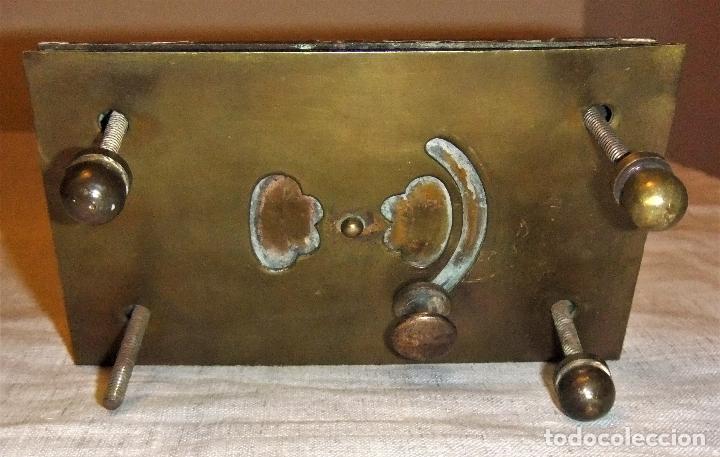 Antigüedades: JUEGO DE MIRILLA Y TIRADOR DE BRONCE MODERNISTA - Foto 8 - 145223857