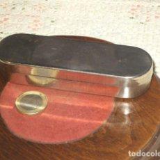Antigüedades: CAJA DE ACERO JERINGUILLA O MATERIAL MEDICO.. Lote 107811367