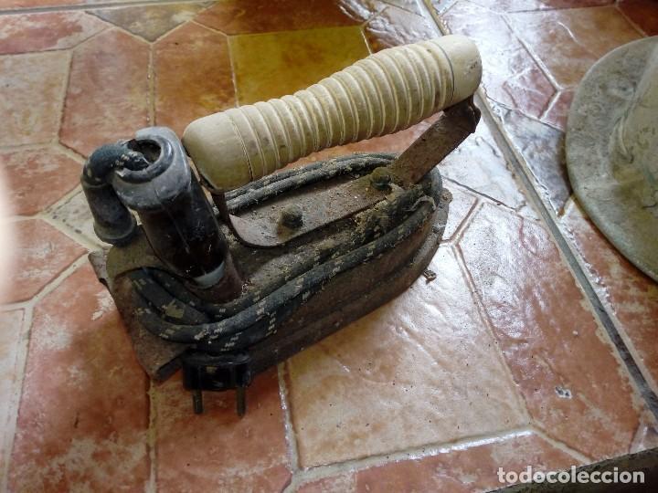 Antigüedades: Antigua plancha eléctrica completa - Foto 2 - 108044423
