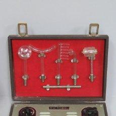 Antigüedades: MALETIN DE APARATO DE ELECTROTERAPIA. VICTOBEL. MILLAS. FUNCIONANDO. COMPLETO. Lote 108254531
