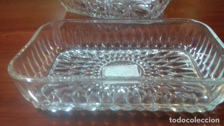 Antigüedades: Juego de bandejas en vidrio tallado. Frances antiguo - Foto 3 - 108381411