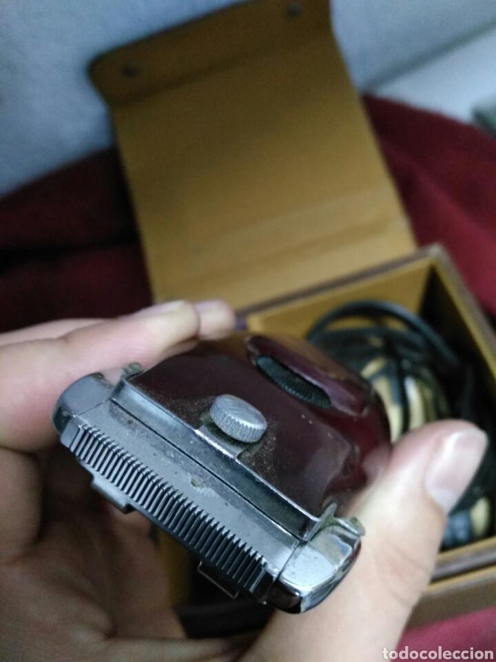 Antigüedades: Antigua maquinilla de afeitar SHICK DRY SHAVER made in canada en caja de piel muy buen estado maquin - Foto 4 - 108537260