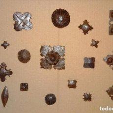 Antigüedades: OCASION.-LOTE DE 20 CLAVOS DIFERENTES DE LOS SIGLOS XVII Y XVIII , CLAVO HIERRO FORJA FORJADO. Lote 115033594