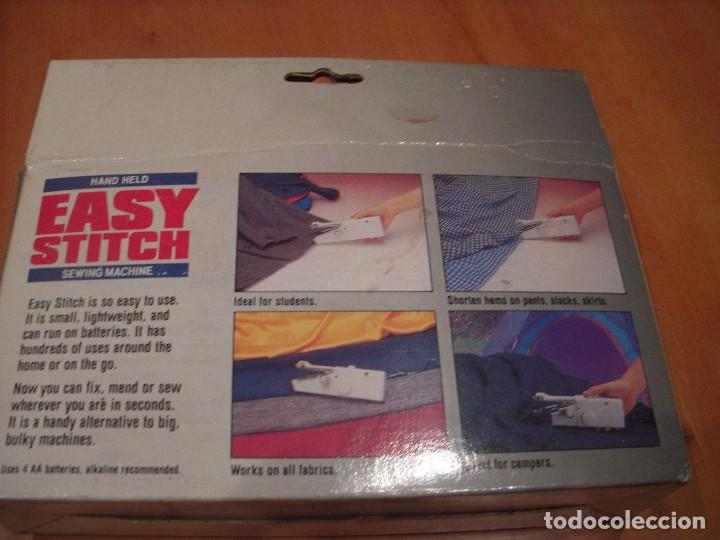 Antigüedades: Máquina de coser portatil. EASY STITCH - Foto 3 - 108676843