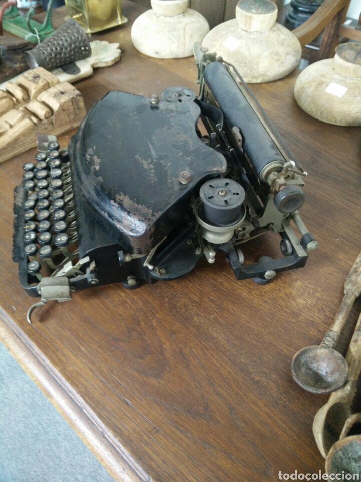 Antigüedades: Maquina de escribir antigua LR - Foto 2 - 108708576
