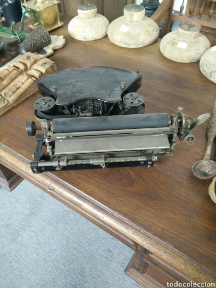 Antigüedades: Maquina de escribir antigua LR - Foto 3 - 108708576