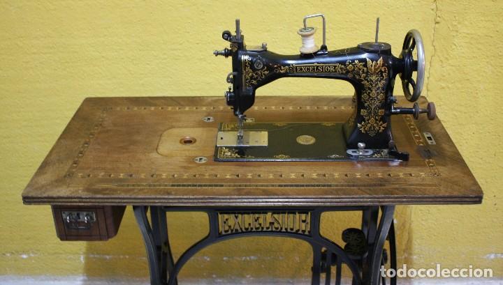 MAQUINA DE COSER EXCELSIOR.REF:6169 (Antigüedades - Técnicas - Máquinas de Coser Antiguas - Otras)