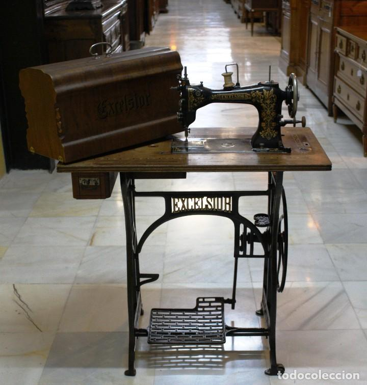 Antigüedades: MAQUINA DE COSER EXCELSIOR.REF:6169 - Foto 6 - 108749479