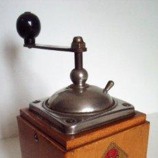 Antigüedades: MOLINILLO DE CAFÉ MARCA DIENES. MODELO 600. ALEMANIA. CA. 1950. Lote 108848251