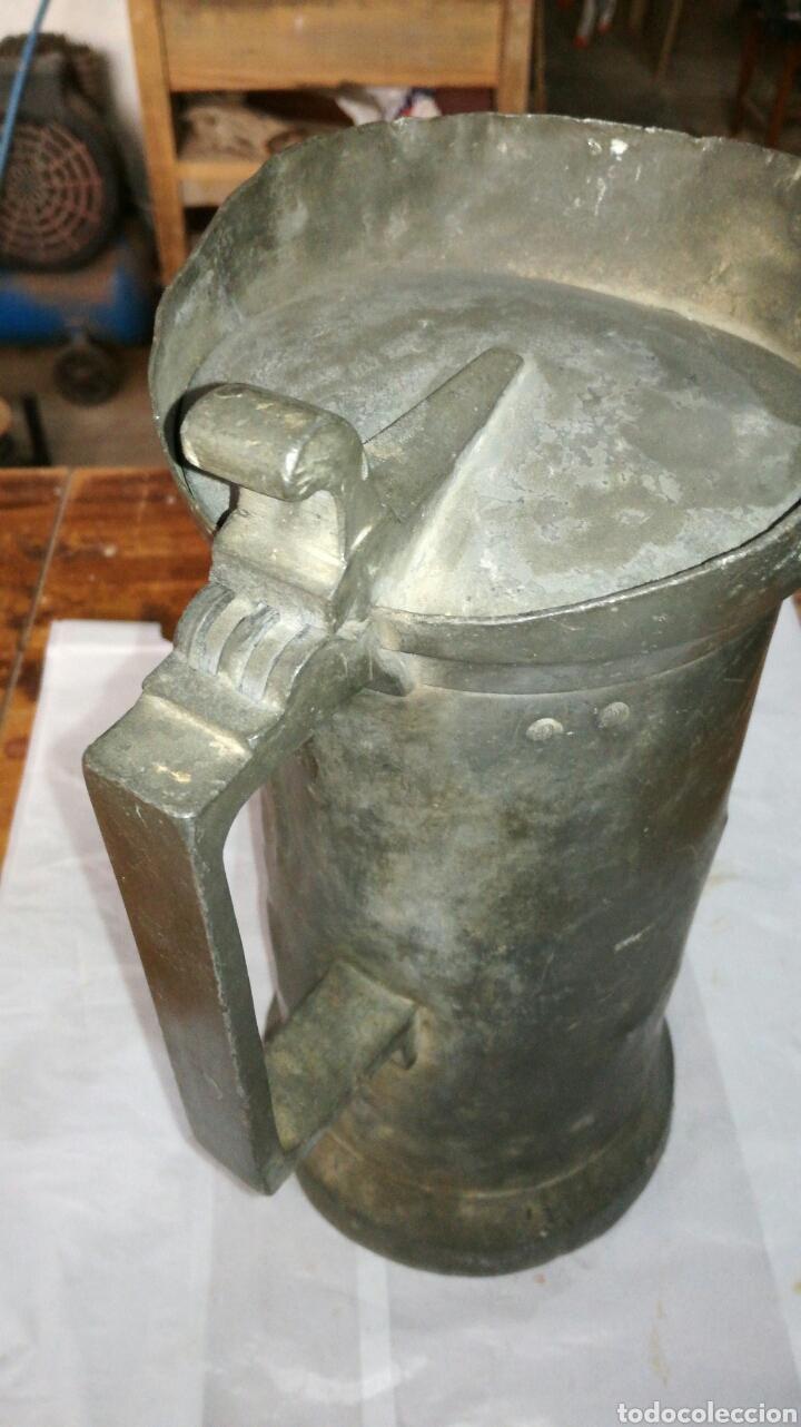 Antigüedades: Medida de estaño JM / - Foto 2 - 108900432