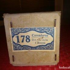 Antigüedades: CAJITA CON 8 CERRADURAS - AÑOS 40 - NUNCA USADAS - PERFECTO ESTADO . Lote 109006219