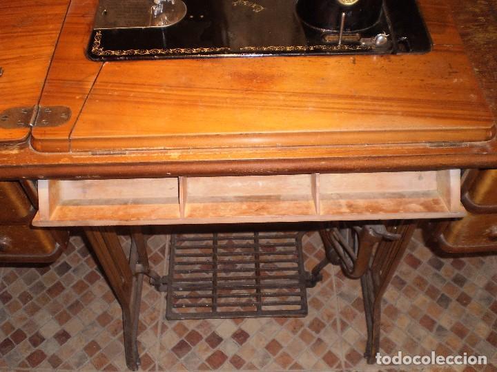 Antigüedades: antigua maquina coser singer 1933 - Foto 5 - 109040167