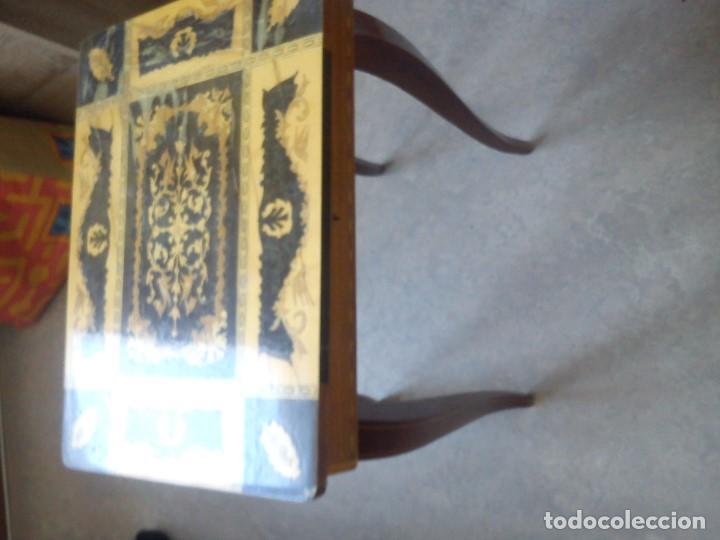 Antigüedades: ESPLENDIDA MESA Y CAJA DE COSTURA TIENE CAJA DE MÚSICA ESTA HECHA EN MADERA MARQUETERÍA MAD ITALY - Foto 5 - 109054331