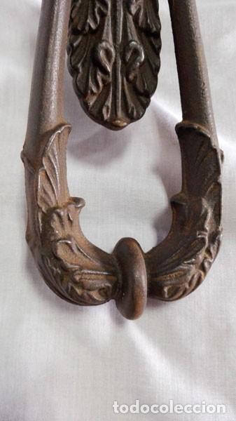 Antigüedades: ANTIGUO LLAMADOR ALDABA DE HIERRO MUY GRANDE - Foto 3 - 109146195