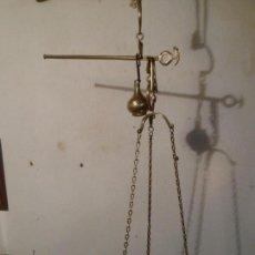 Antigüedades: BONITA BALANZA ROMANA TODA DE BRONCE (BRBR4). Lote 109214855