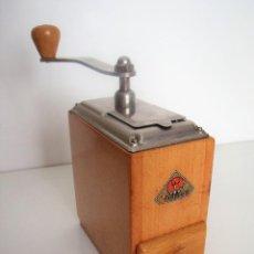 Antigüedades: MOLINILLO DE CAFÉ MARCA DIENES. MODELO 530-SOLIDA. ALEMANIA. CA. 1955/1960. Lote 109440139