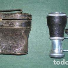 Antigüedades: PRISMÁTICOS BINOCULARES DE TEATRO U ÓPERA. FUNDA ORIGINAL DE CUERO (TEODORO FERNÁNDEZ, CARRETAS 14). Lote 109473747