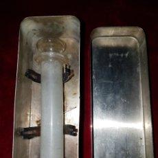 Antigüedades: ANTIGUA JERINGA MEDICO. Lote 110015711