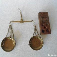 Antiquitäten - PEQUEÑA BALANZA DE FARMACIA - 110088275
