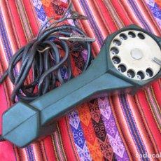 Teléfonos: TELEFONO MILITAR ANTIGUO EN MATERIAL PLASTICO - FUNCIONANDO.. Lote 110106795