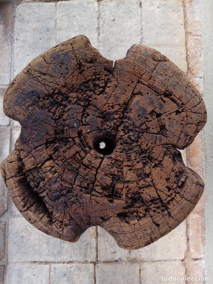 Antigüedades: ANTIGUA HERRAMIENTA DE MADERA PARA CONFECCIONAR CABOS O MAROMAS DE GRAN DIAMETRO - PIEZA DE MUSEO - Foto 8 - 110242867