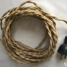 Antigüedades: CABLE TELA AÑOS 40 CON ENCHUFE DE GOMA Y PORCELANA. Lote 110261355