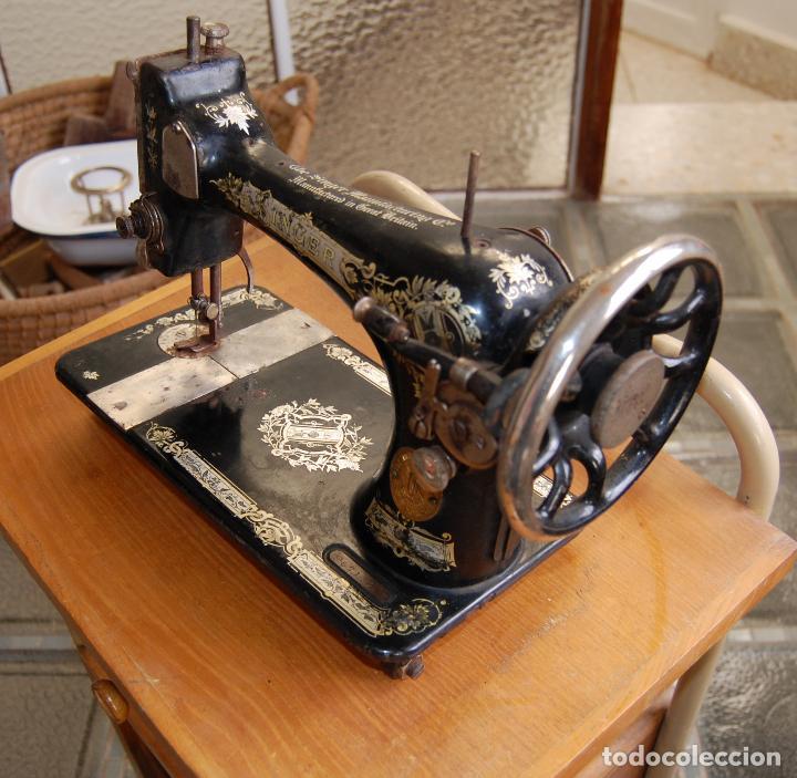 Antigüedades: MAQUINA DE COSER SINGER NUMERADA - Foto 4 - 110262583