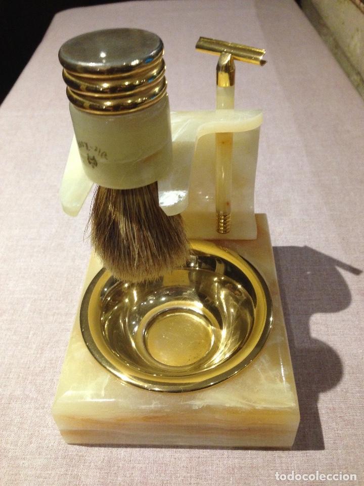 SOPORTE PARA BROCHA, MAQUINILLA Y JABONERA VIE - LONG 1940 (Antigüedades - Técnicas - Barbería - Varios Barbería Antiguas)