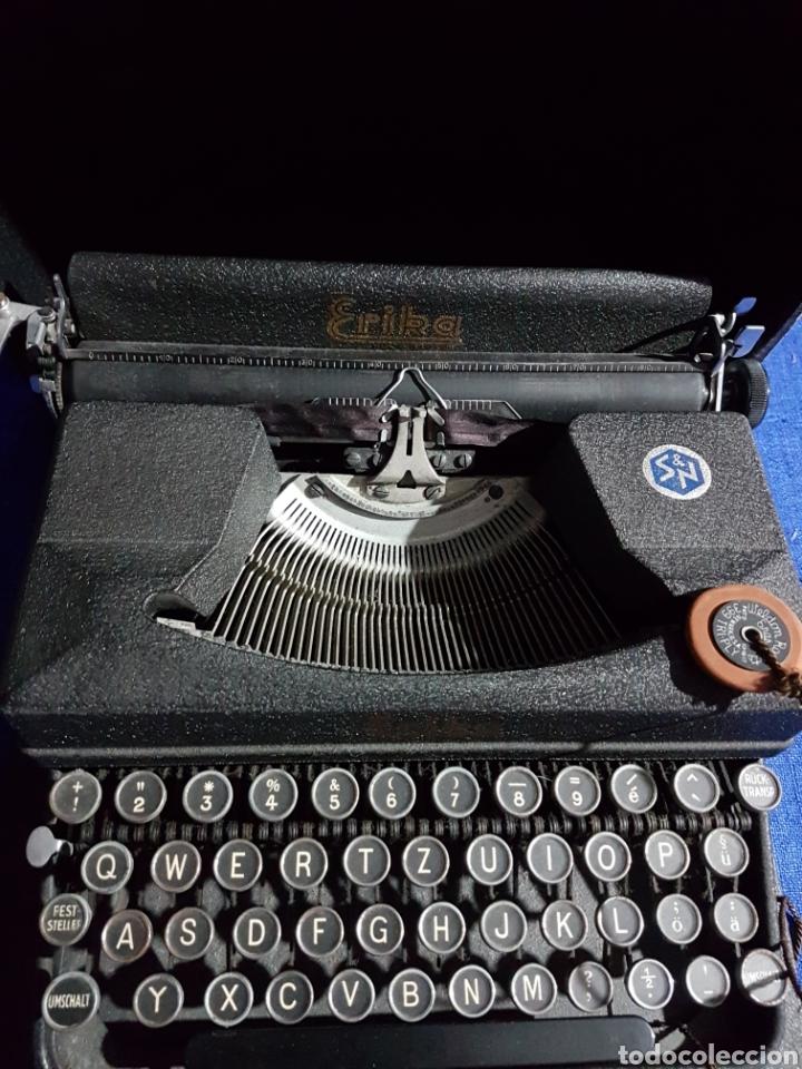 Antigüedades: Máquina de escribir ERIKA - Foto 2 - 110410960