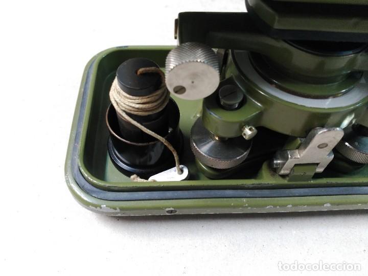Antigüedades: NIVEL TOPOGRAFICO WILD HEERBRUGG SWISS MADE EN METAL VERDE OLIVA - Foto 17 - 110713835