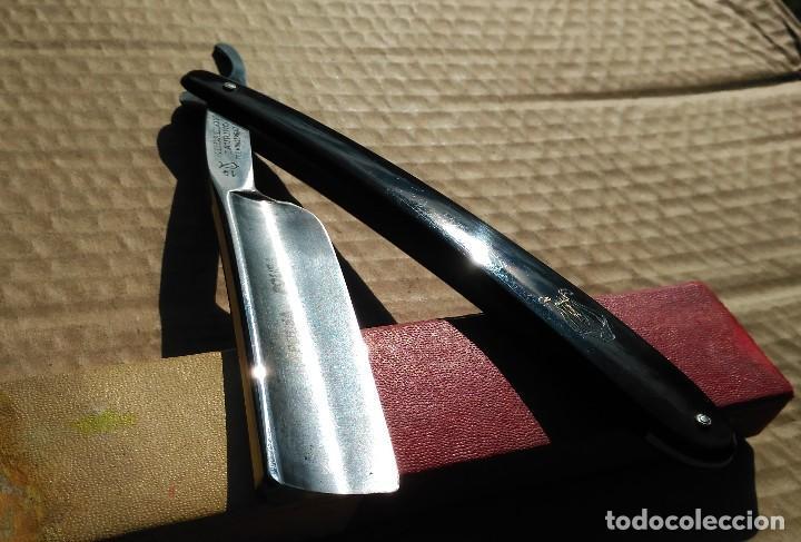 Antigüedades: Navaja afeitar o barbero MEDALLON TAURINO (COGIDA) FILARMONICA con caja ORIGINAL y Hoja 24mm - Foto 7 - 110815443