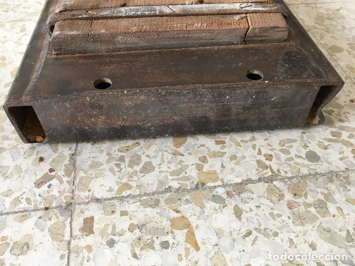 Antigüedades: ANTIGUO MOLDE DE LADRILLOS. PIEZA MUY RARA - Foto 18 - 110835691