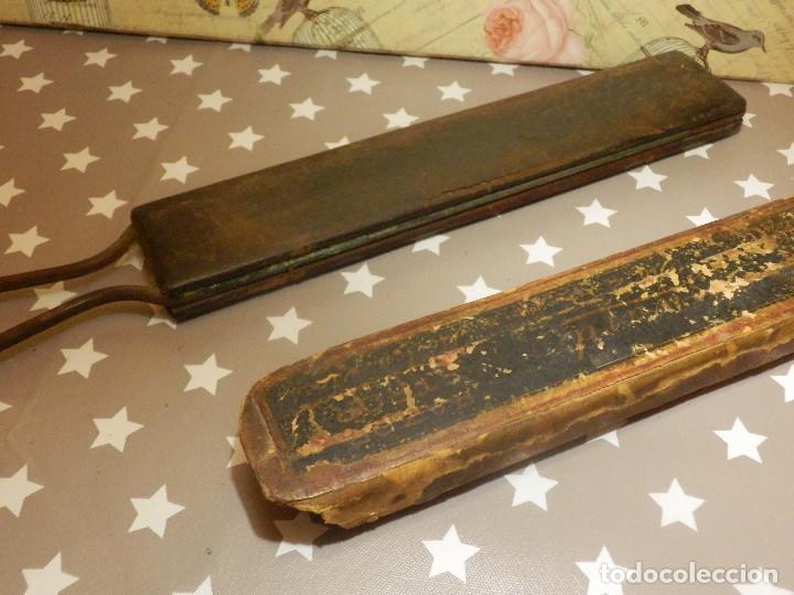 Antigüedades: Afilador - Asentador - Para navajas antiguas de afeitar - Con funda original - Foto 4 - 110880379
