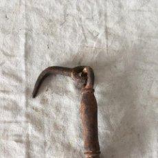 Antigüedades: ANTIGUO LLAMADOR HIERRO. Lote 110921419