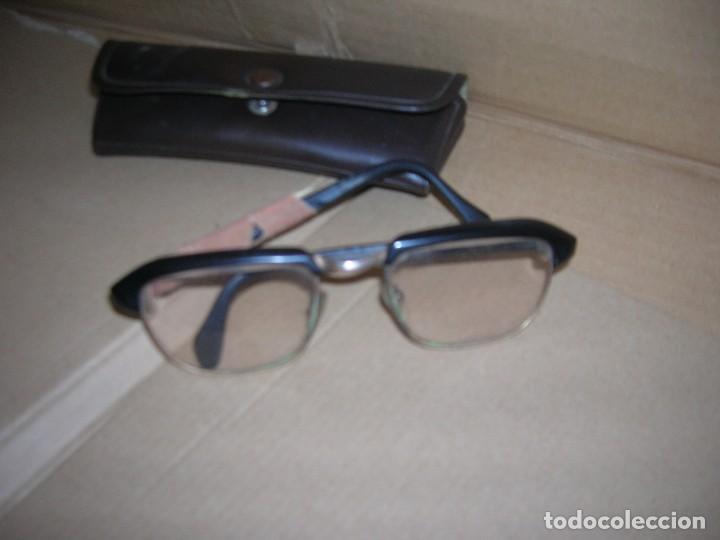 ANTIGUAS GAFAS GRADUADAS. MODELO TUDELA 52-20. TIENE ROTURAS. (Antigüedades - Técnicas - Instrumentos Ópticos - Gafas Antiguas)