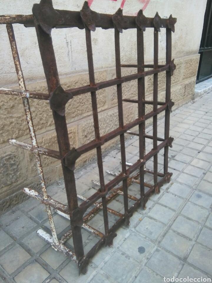 Antigüedades: Reja de forja siglo XVII - Foto 4 - 110996096