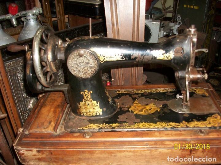 Antigüedades: ANTIGUA MAQUINA DE COSER SINGER-FUNCIONA - Foto 4 - 111055247