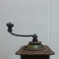Antigüedades: ANTIGUO MOLINILLO DE CAFE MARCA ELMA METALICO. Lote 111091923