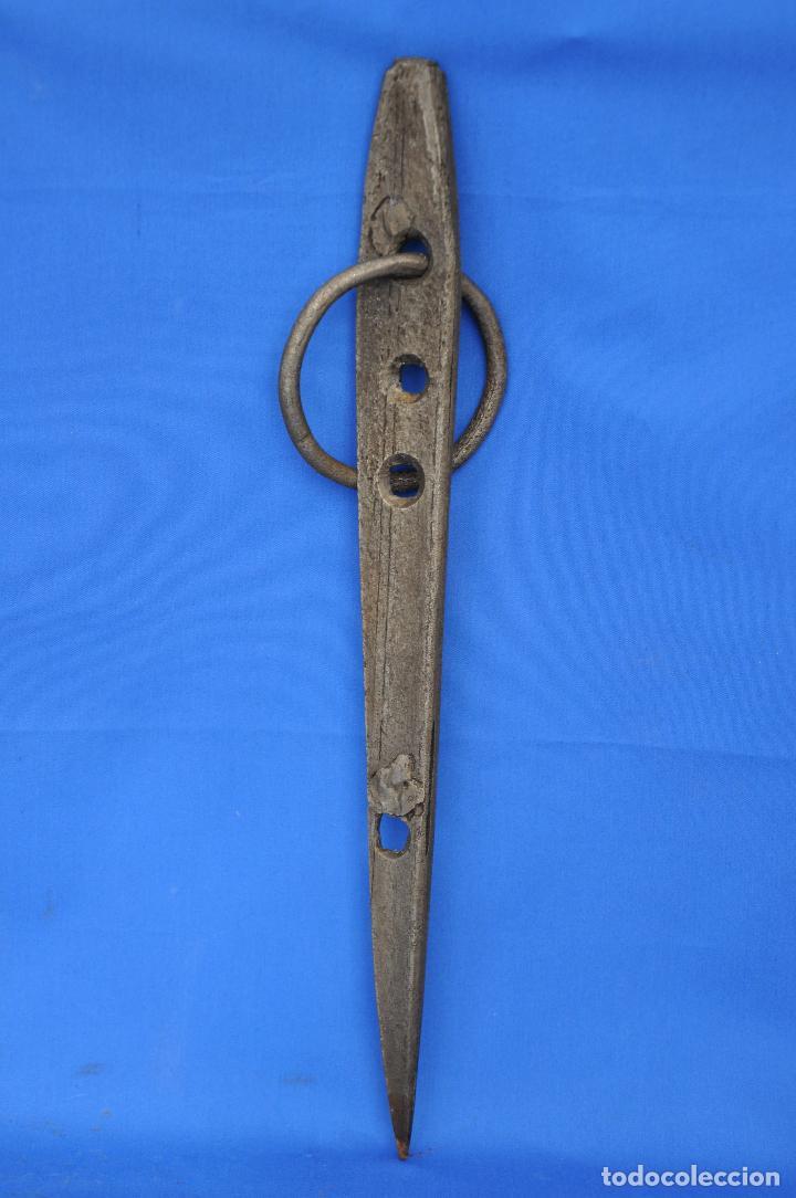 Antigüedades: Argolla con gancho. - Foto 2 - 111295199