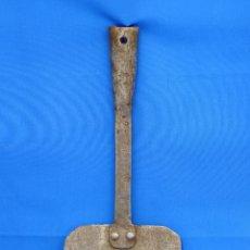 Antigüedades: PALA DE HIERRO DE PANADERO.. Lote 111369019